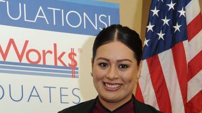La meta de Judy Olivares es convertirse en gerente.(Selene Rivera / HOY)