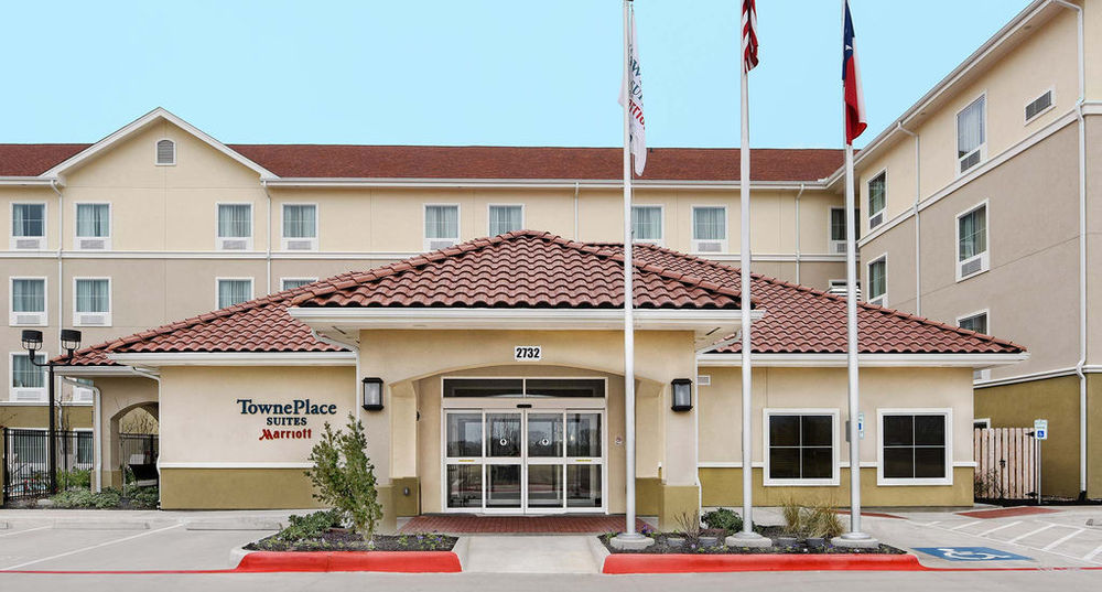 Marriott Towneplace Suites Address:2732 Jay Rd, Seguin, TX 78155 Phone:(830) 379-2400 ZDT's has partnered with the Marriott Towneplace Suitesin Seguin to offer a package deal on your stay in Seguin - just enter promotional code EB5 at checkout when booking online!