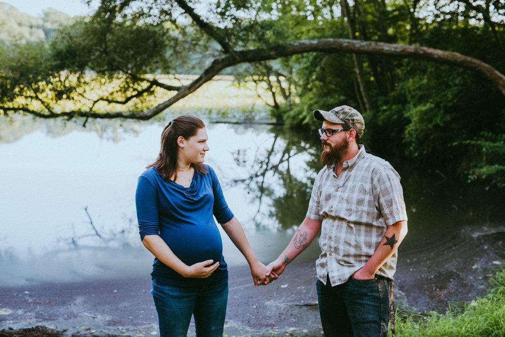 Nicole&EddieMaternity-7.jpg
