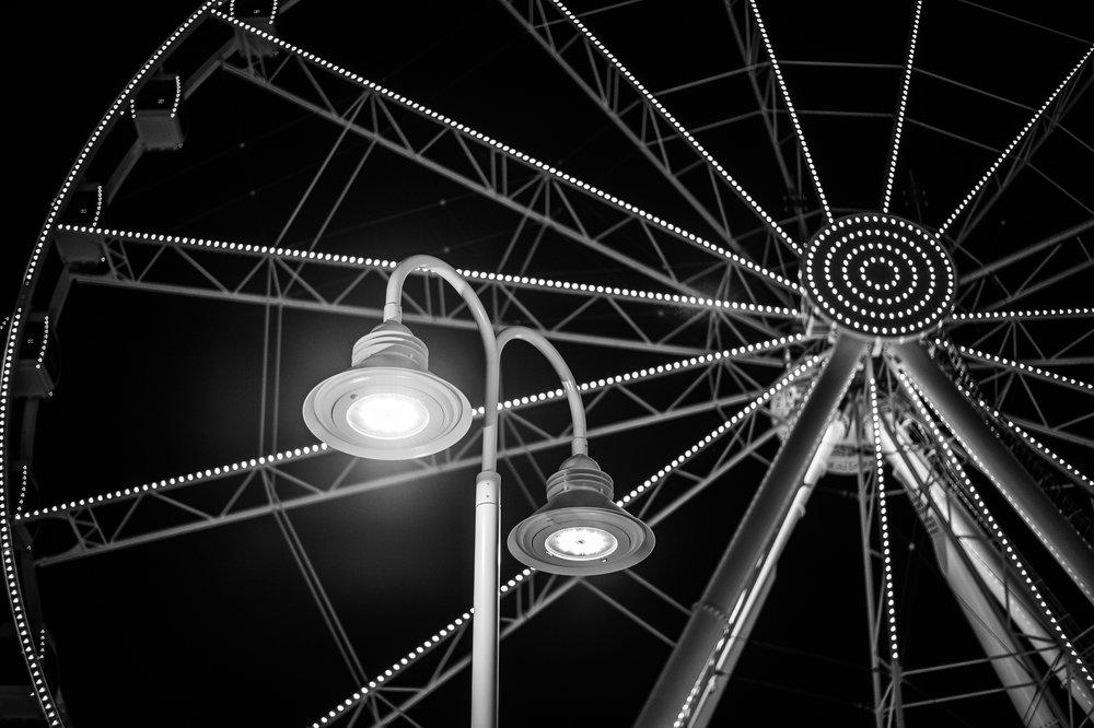 sky wheel bw.jpg