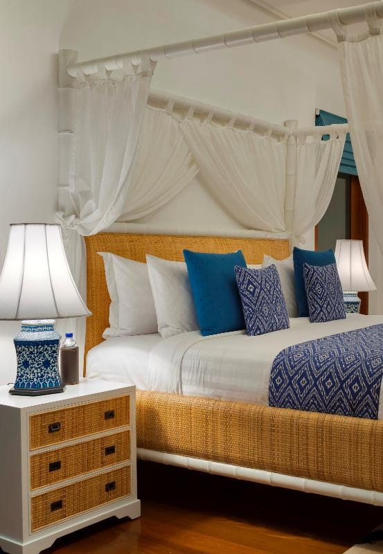 Indies bedroom 1.jpg