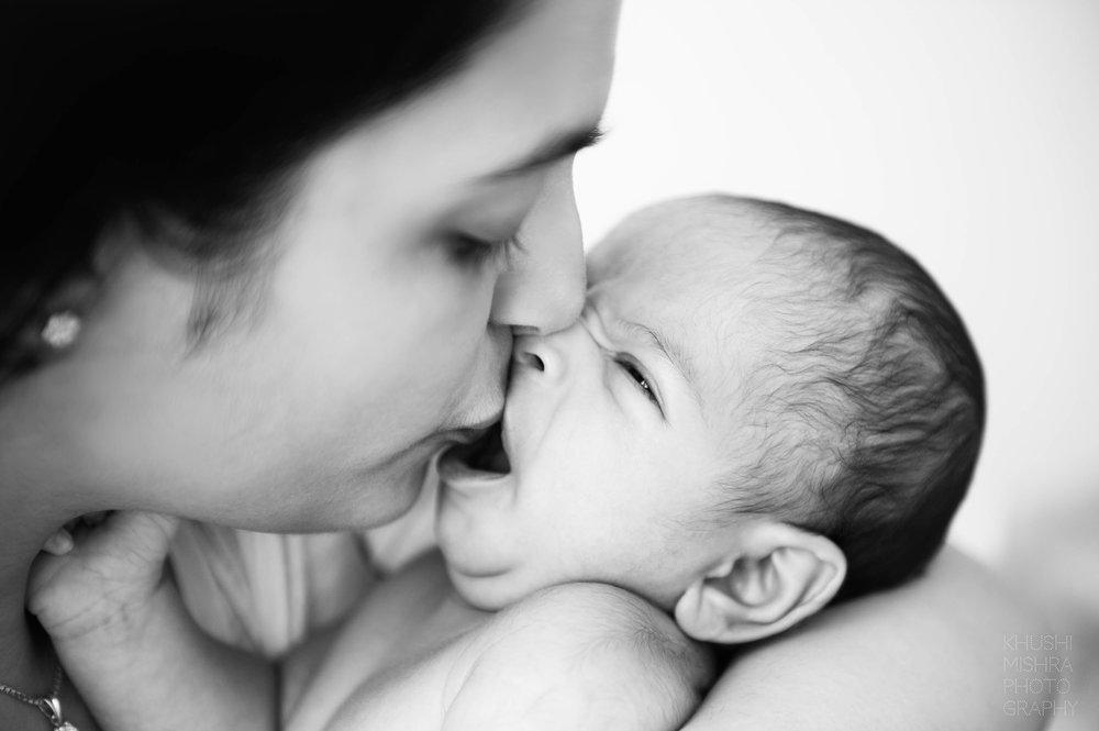 7_Mother and newborn.jpg
