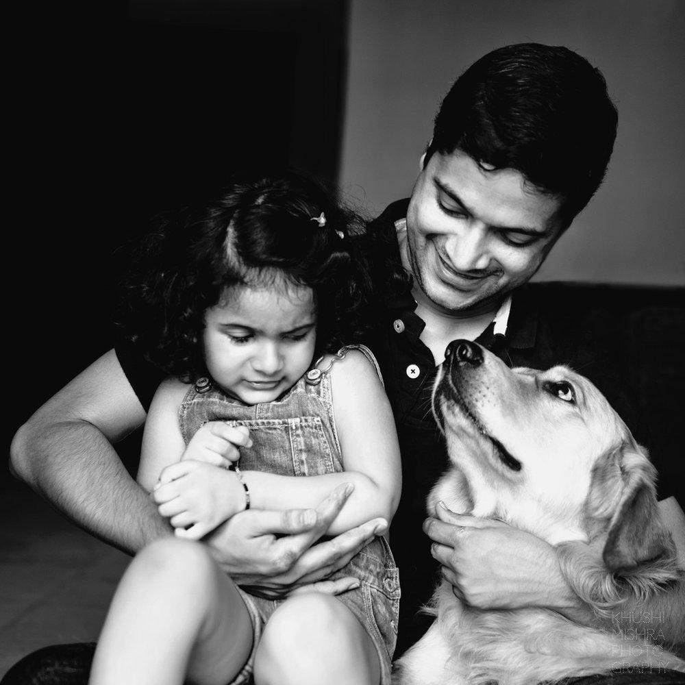 12_Newborn Session_Family Portrait_Golden Retriever.jpg