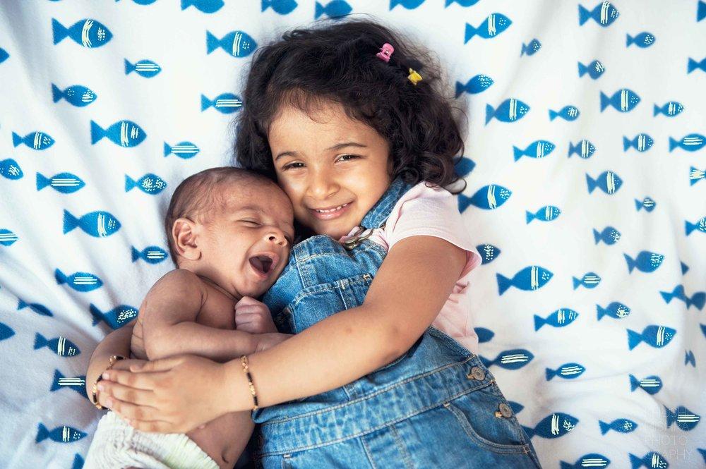 17_Newborn_Sibling session.jpg