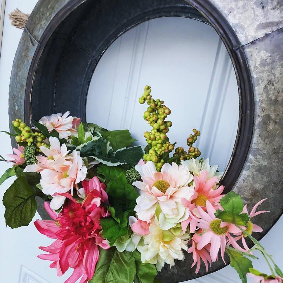 tire wreath13.jpg