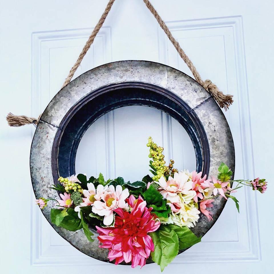 tire wreath14.jpg