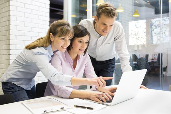 Personalización - Comprendemos las necesidades de nuestros clientes para aportar soluciones de valor.