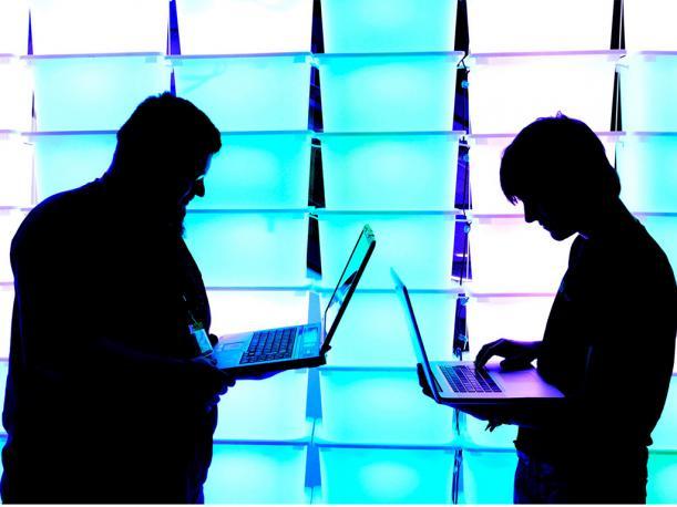 Telecomunicaciones - Instalaciónde Equipos        Pruebas físicas/lógicas      Operación y Mantenimiento