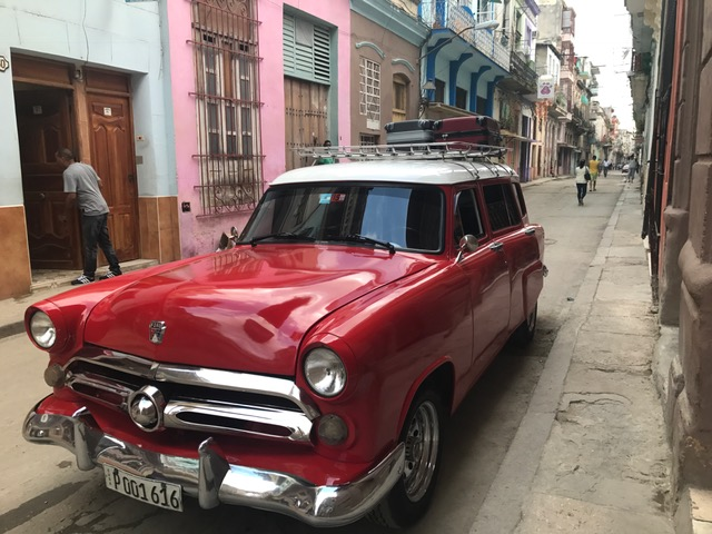 Taxi collectivo in Havana