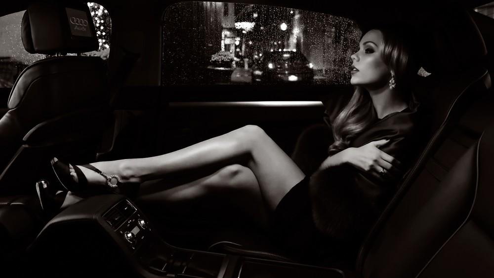 sexy-legs-wallpaper.jpg