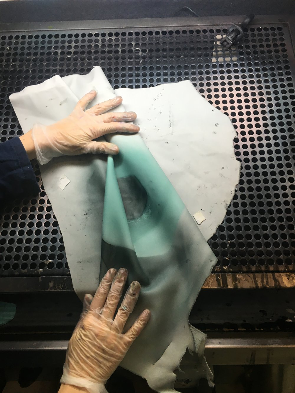 Hand spraying shapes