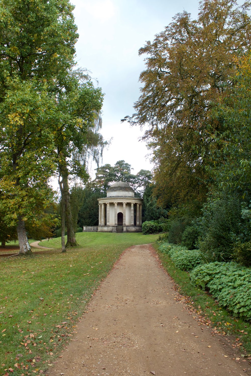 Stowe_House_Temple.jpg