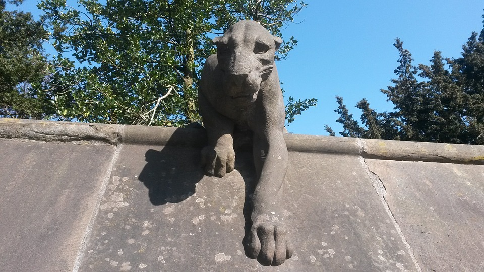 One of the many stone animals guarding the walls of Cardiff Castle