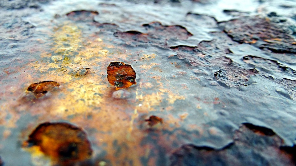 Exposure to the environment can cause metallic materials to deteriorate but a 2D material coating may help protect against corrosion and oxidation.
