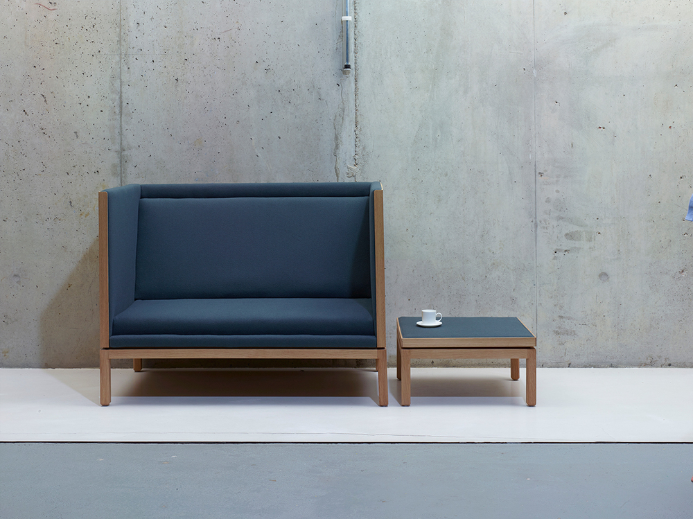 Rochester-sofa-by-Michael-Anastassiades-for-SCP-(lifestyle).jpg