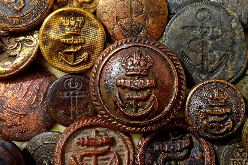 sailors-buttons.jpg