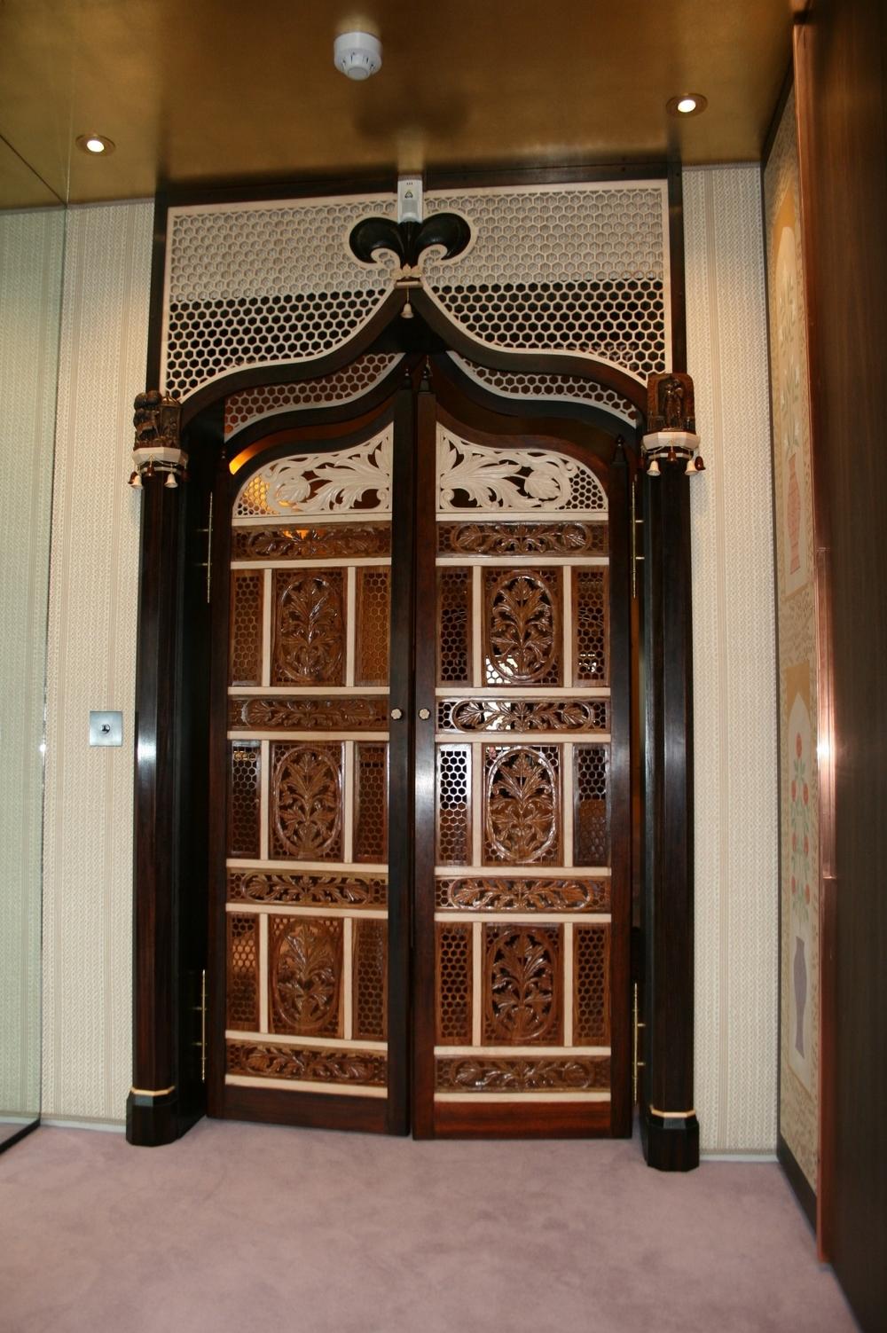 7 ANGLO INDIAN DOOR.JPG