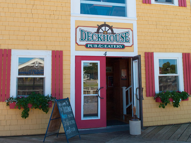 Deckhouse 3.jpg