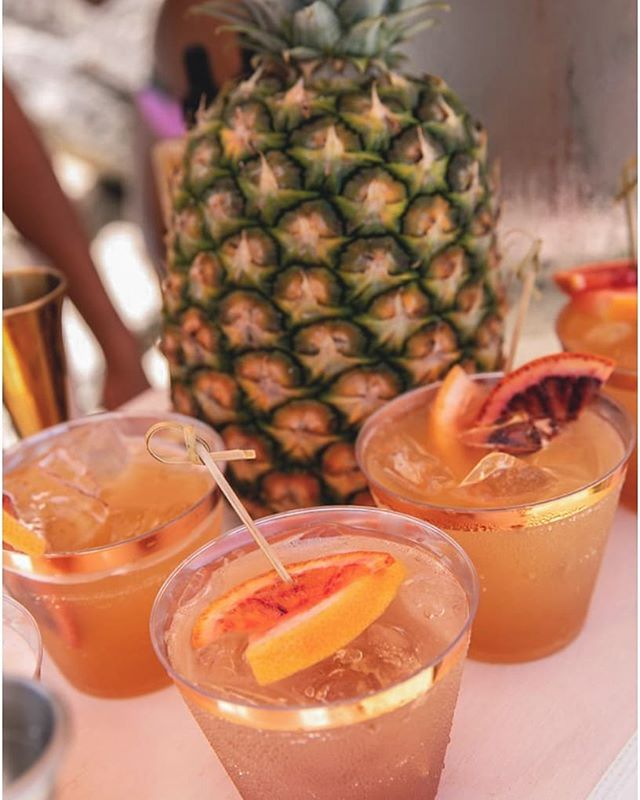 Amazing shot of some of our cocktails at the @revolve event! What an amazing time we had mixing up badass cocktails with the Cali crew!!! Everyone involved stepped up and showed some true Bermudian hospitality! At the end of the day none of this would have been possible without the amazing team at @dasfete !!!! 👏👏👏 Happy national rum day!!! . 📷@meredithphoto . . . . . . . . #revolve #revolvesummer #bestinbermuda #bartender #popupbar #events #drinkporn #corporateevents #mixologist #twistedspoon #mobilebar #summertime #beachparty #beachvibes #beachset #craftcocktails #cocktailparty #cocktailporn #dasfete #killingit #instagood #rum #goslings #bermuda #bermudatourism #ahhbermuda #shakennotstirred