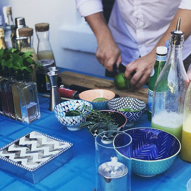 Been a while since I've posted but I absolutely love a small tasting with friends! This is what we do! Contact us if you want to host a small tasting! Special packages available! . . . . . . . . #craftcocktails #popupbar #tasting #craftbar #wedoitright #tasty #tastybeverage #bermuda #comedrinkwithus #privatevent #alwaysonpoint #whowantsome #mobilebar #twistedspoon #freshisbest #rumbae #timeforcocktails #mixologist #backyardparty #wecometoyou