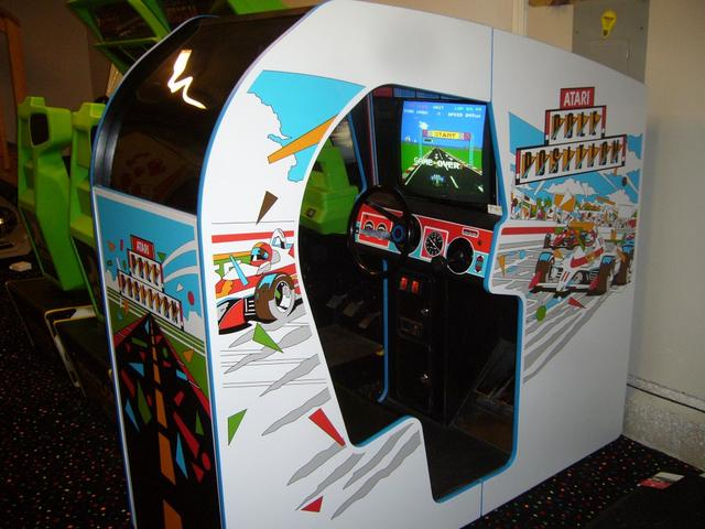 Pole Position Cock Pit machine (Image courtesy of ArcadeCrusade.com