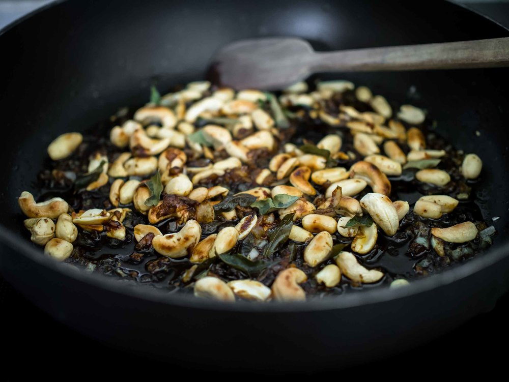 Toasted peanuts and cashews with curry leaves | Peanut and Cashew Chutney | DiscoverDelicious
