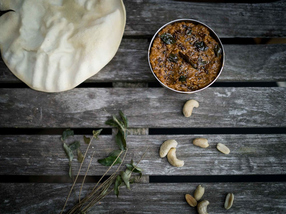 Peanut and cashew chutney with poppadoms | DiscoverDelicious