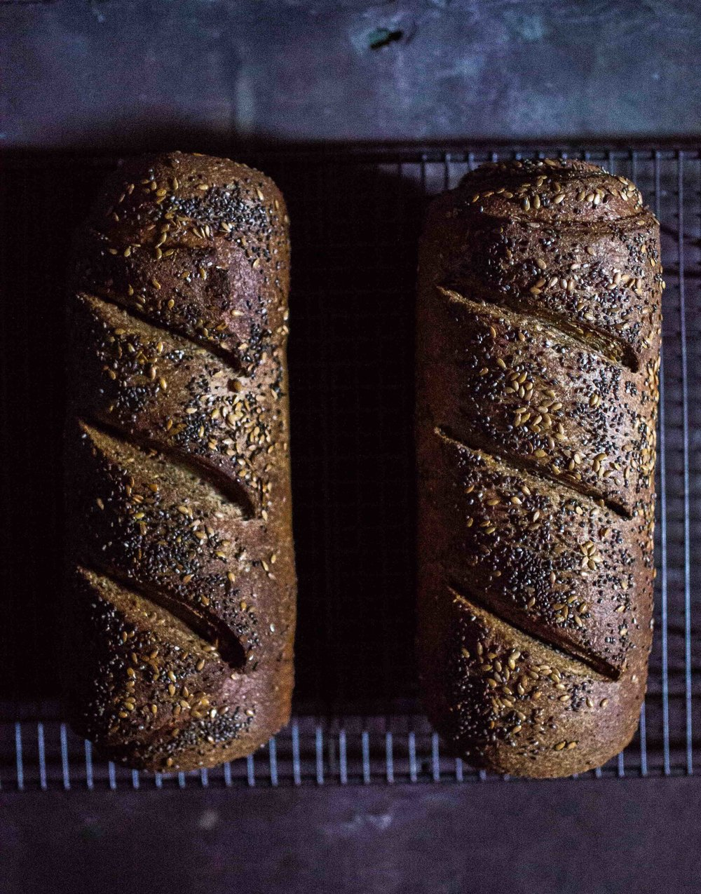 Spiral Seeded Protein Bread | Discover Delicious | www.discoverdelicious.org | Vegan Food Blog