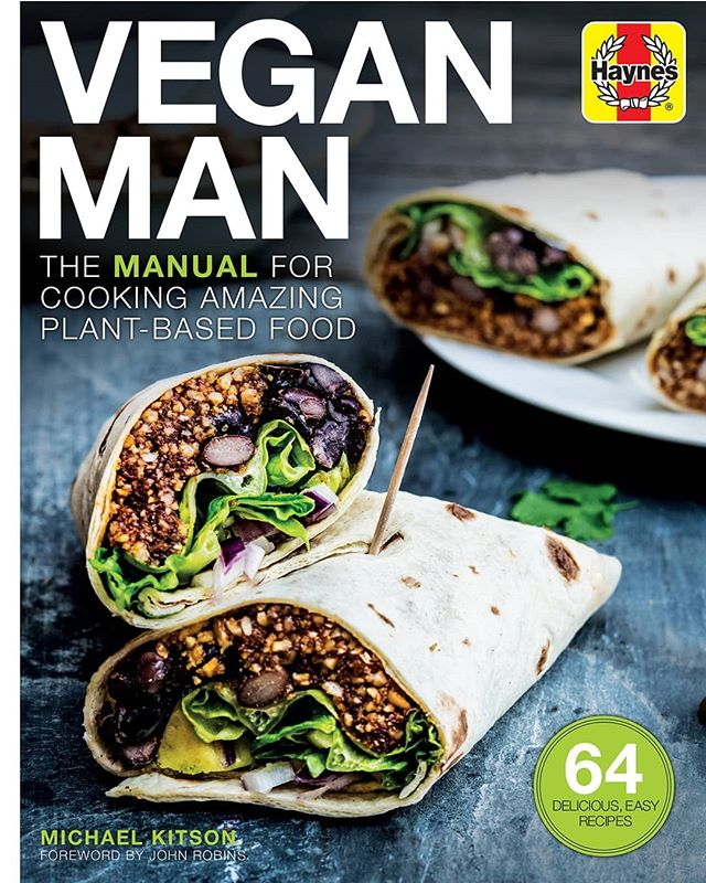 Hi everyone, it's been a while!  The reason being: I wrote a cookbook, and IT CAME OUT TODAY! A real, hardback, published cookbook!! 🌠 - The Vegan Man Manual contains 64 recipes, all illustrated with beautiful photographs, for hearty breakfasts and brunches, snacks on the go, vegan versions of your favourite dinners (pasta dishes, burgers, burritos, pies, etc), and a few protein boosting recipes for the gym goers amongst you.💪 - There's also a 30 page introduction section with useful information on nutritional concerns, staying fit and playing sports on a vegan diet, why so many people are going vegan, how to adapt your favourite recipes to being vegan, store cupboard essentials for a plant-based diet, as well as some information about other aspects of a vegan lifestyle.🍃 - I've aimed this book, unlike most vegan cookbooks out there, at male readers.  But of course, all the information provided on nutrition, adapting recipes, and on veganism in general will appeal to anyone who wants to have a plant-based lifestyle, and who loves cooking and eating delicious food! 🌯🌮 - The Vegan Man Manual is available now, and would make a lovely Christmas present 🎁. With Veganuary coming up, it's a perfect addition to your cookery library. I think you'll love the book - I worked extremely hard on it and hope you enjoy using it as much as I enjoyed writing a photographing it.  You'll find the Amazon link in my bio, and it's available in Waterstones and other bookshops! 🙋‍♂️😃 . . . #veganuary #vegan #veganrecipies #veganfood #healthylifestyle #healthy #healthyeating #whatveganseat #veganism #plantbased #booklaunch #veganfood #healthyrecipes #vegancookbook #cookbook #veganlunch #vegandinner