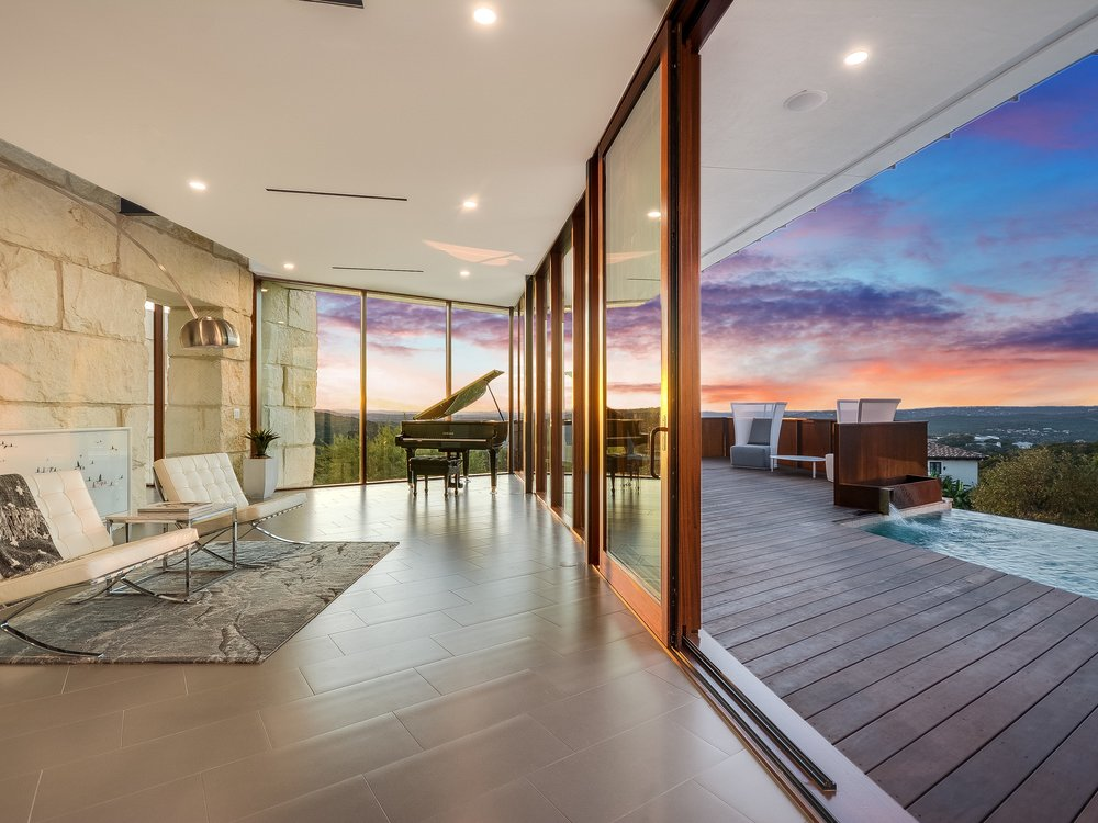 011_Twilight Living HDR Showcase.jpg