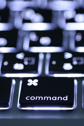 luminous-keyboard-2-1242301.jpg
