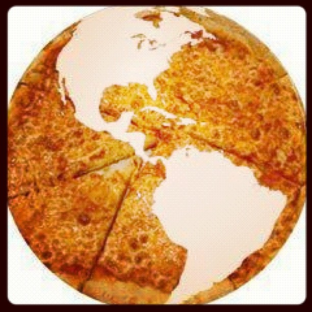 For a sustainable planet make pizza not Love #blondiespizza