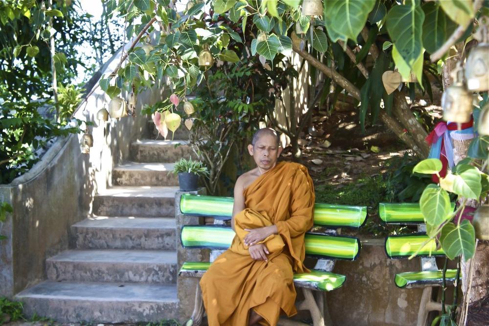 Phuet Monk.jpg