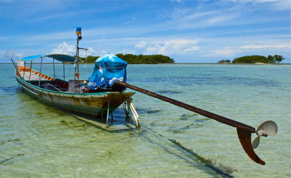 thai boat.jpg