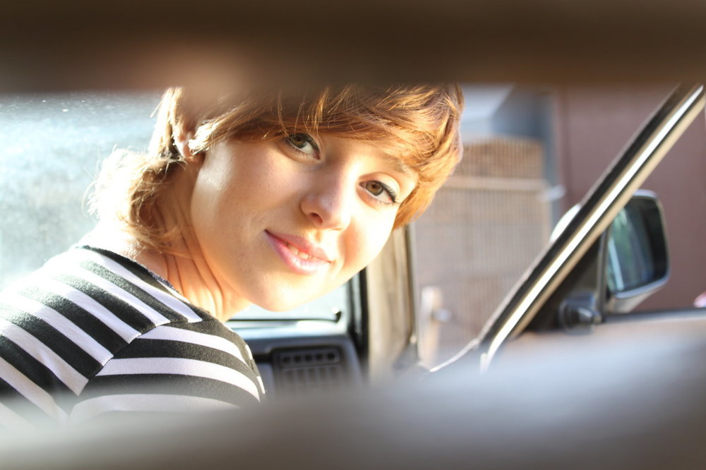 Victoria in car.jpg