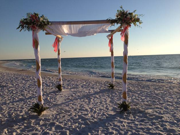 Siesta Key Beach with archway