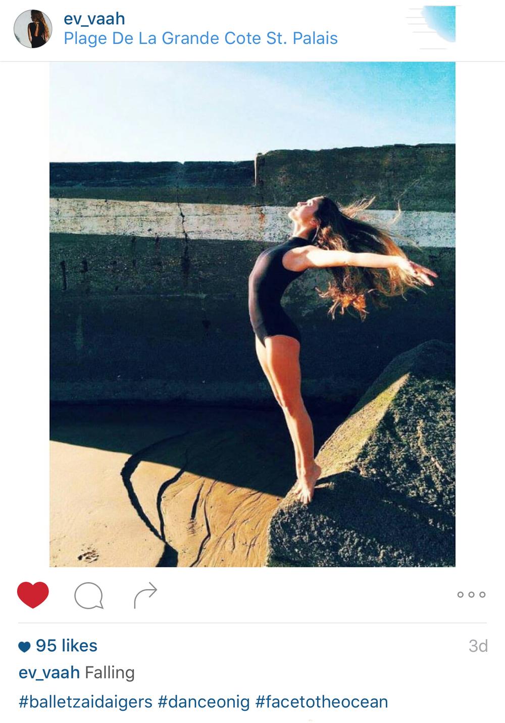 Dancer - @Ev_Vaah
