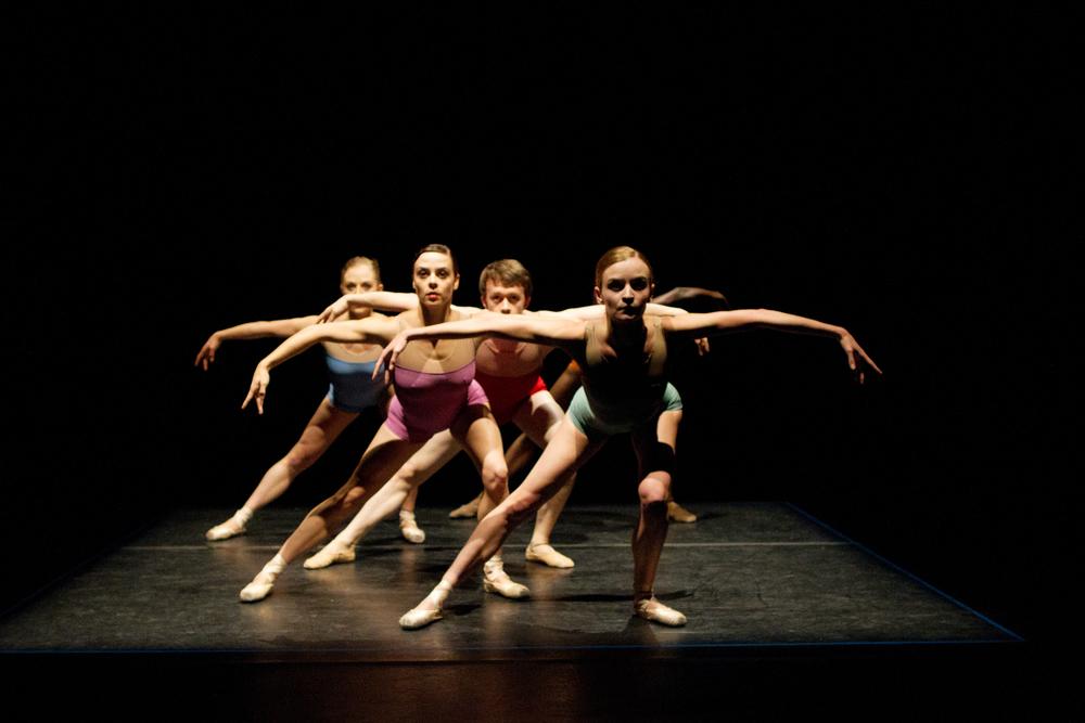 Nicole Voris, Oren Porterfield, Ian J. Bethany, Grace Morton, and Preston Patterson in Lightspaceby Jennifer Hart. Photo by Ballet Zaida