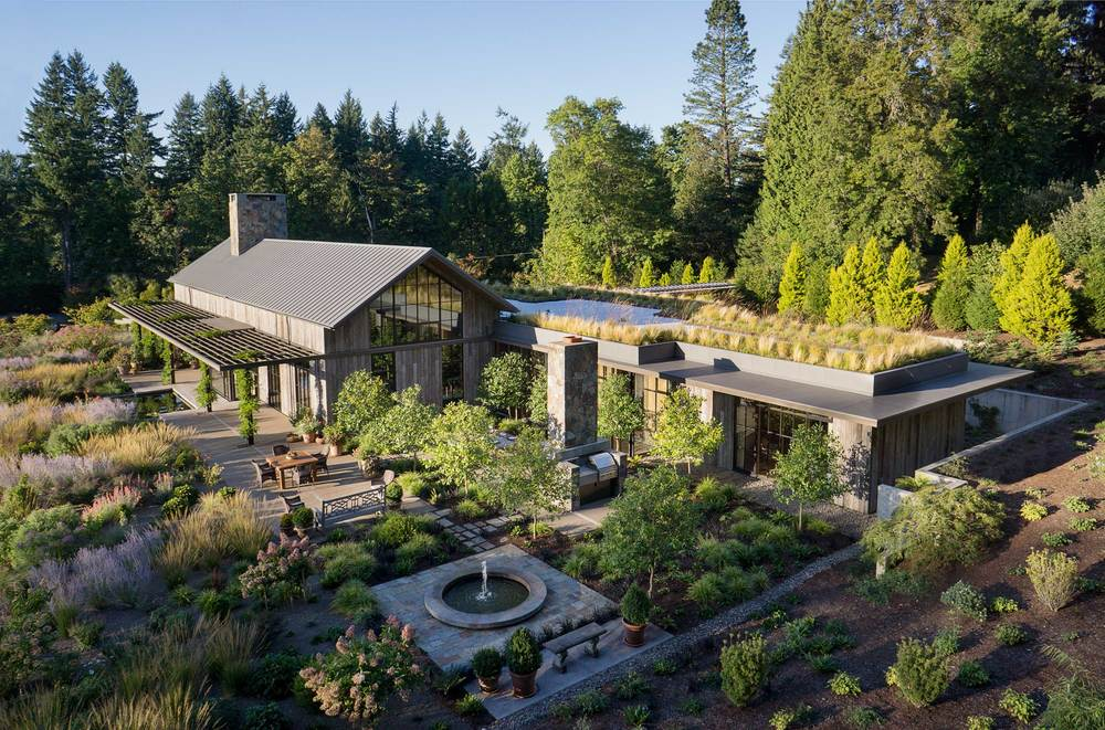 New West Hills Residence<br><br><em>- Olson Kundig Architects -</em>
