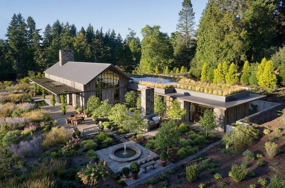 New West Hills Residence<br><br><em>- Olson Kundig Architects -</em>