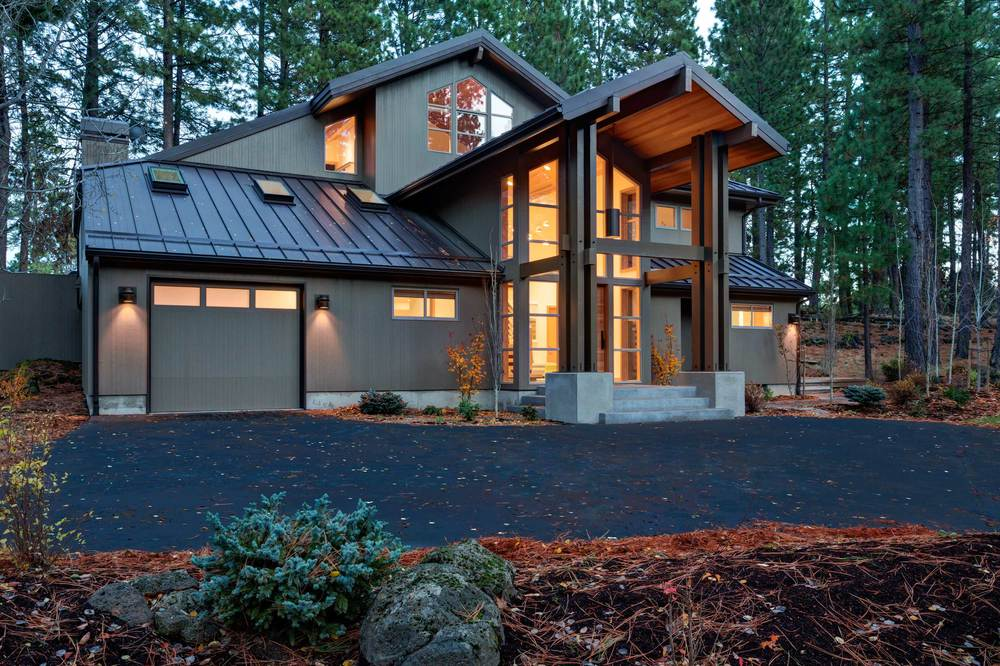 Black Butte Residence Remodel <br><br><em>- Giulietti/Schouten Architects, Sally Ward Interiors -</em>