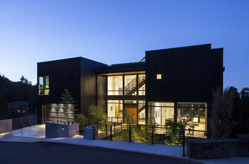New-Century Modern, Skyline<br><br><em>- Scott | Edwards Architecture, Garrison Hullinger Interior Design -</em>