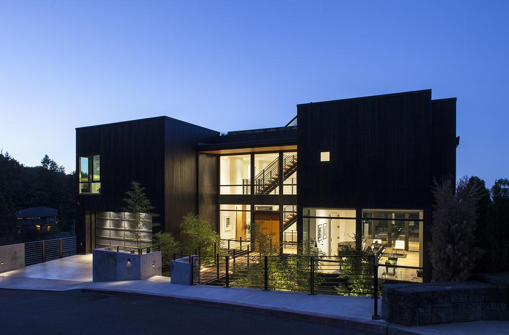 New-Century Modern, Skyline<br><br><em>- Scott   Edwards Architecture, Garrison Hullinger Interior Design -</em>