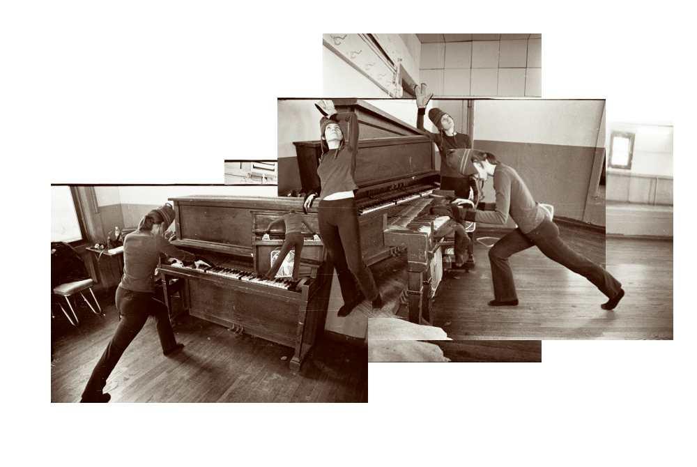 s,_robot-piano.jpg