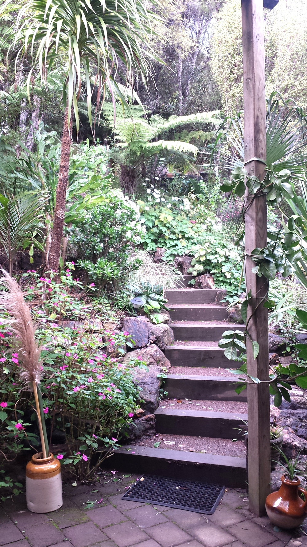 Guest entrance path