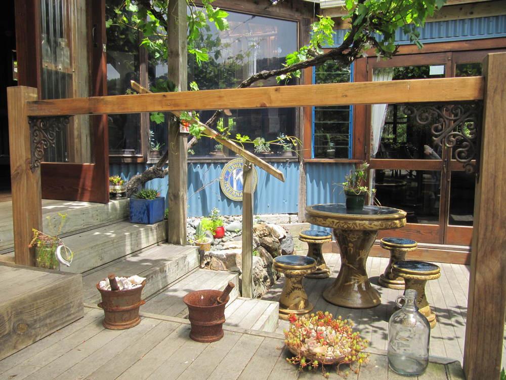 Guest courtyard