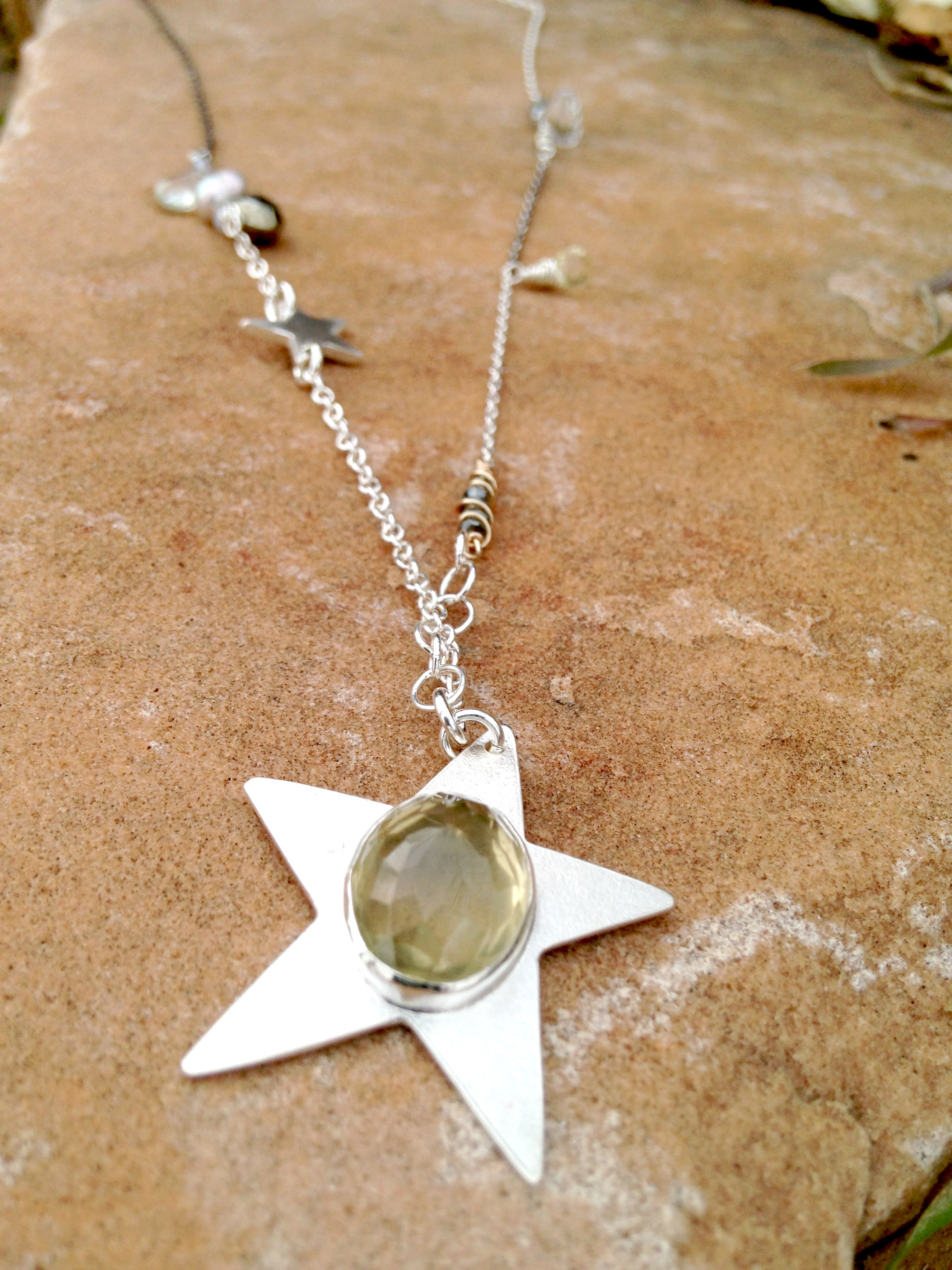 goddess_star_necklace