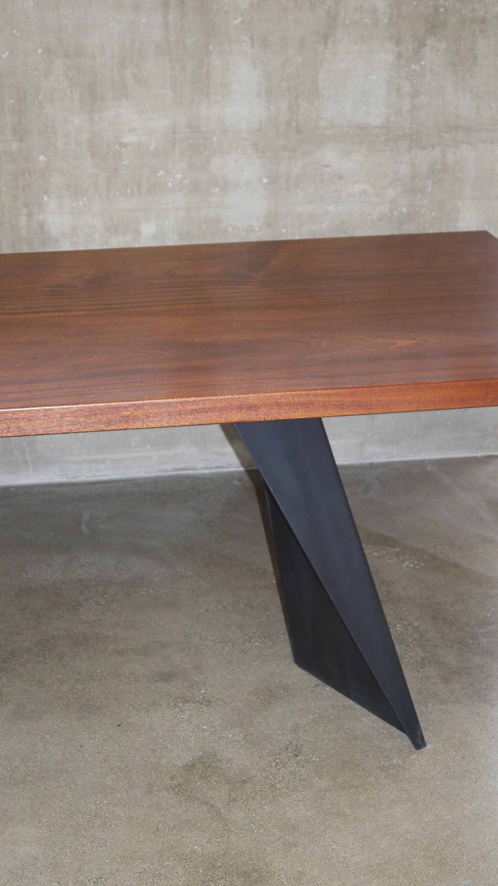 Livingston_Street_Residence_Furniture_Table_Leg_Detail.JPG