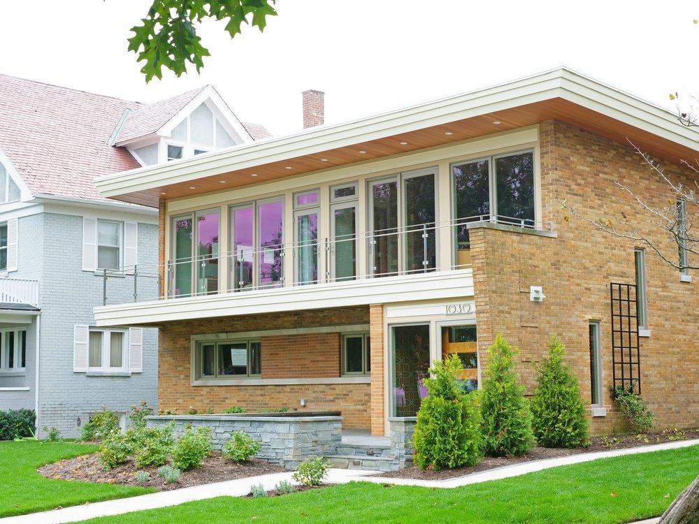 Lake Shore Boulevard Residence