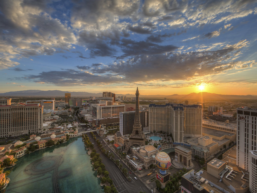 lasvegas-morning-skyline-gettyimages-173148949.jpg